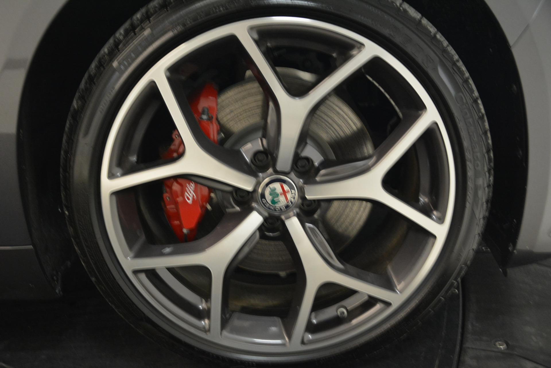 New 2018 Alfa Romeo Giulia Ti Sport Q4 For Sale In Greenwich, CT. Alfa Romeo of Greenwich, LW130 2060_p25