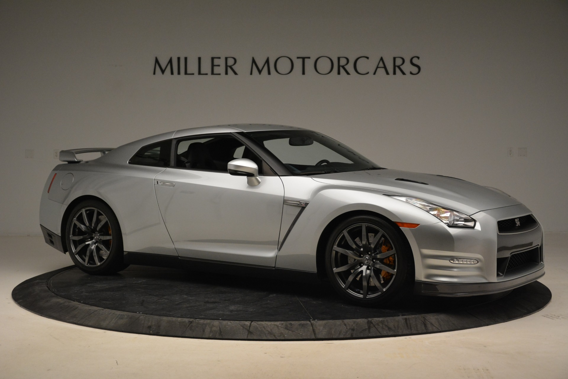 Used 2013 Nissan GT-R Premium For Sale In Greenwich, CT. Alfa Romeo of Greenwich, 7323 2062_p11