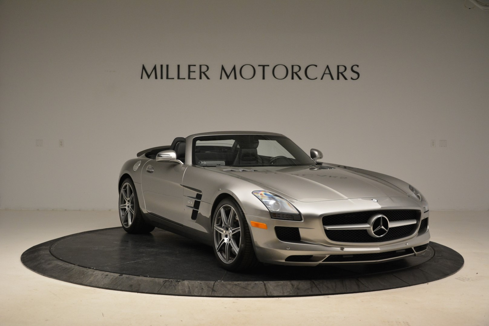 Used 2012 Mercedes-Benz SLS AMG  For Sale In Greenwich, CT. Alfa Romeo of Greenwich, 7330 2068_p11