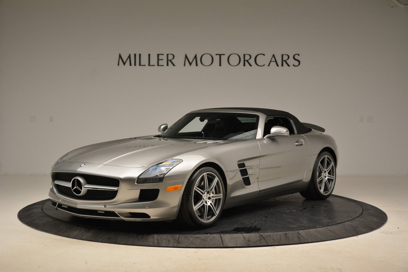 Used 2012 Mercedes-Benz SLS AMG  For Sale In Greenwich, CT. Alfa Romeo of Greenwich, 7330 2068_p13