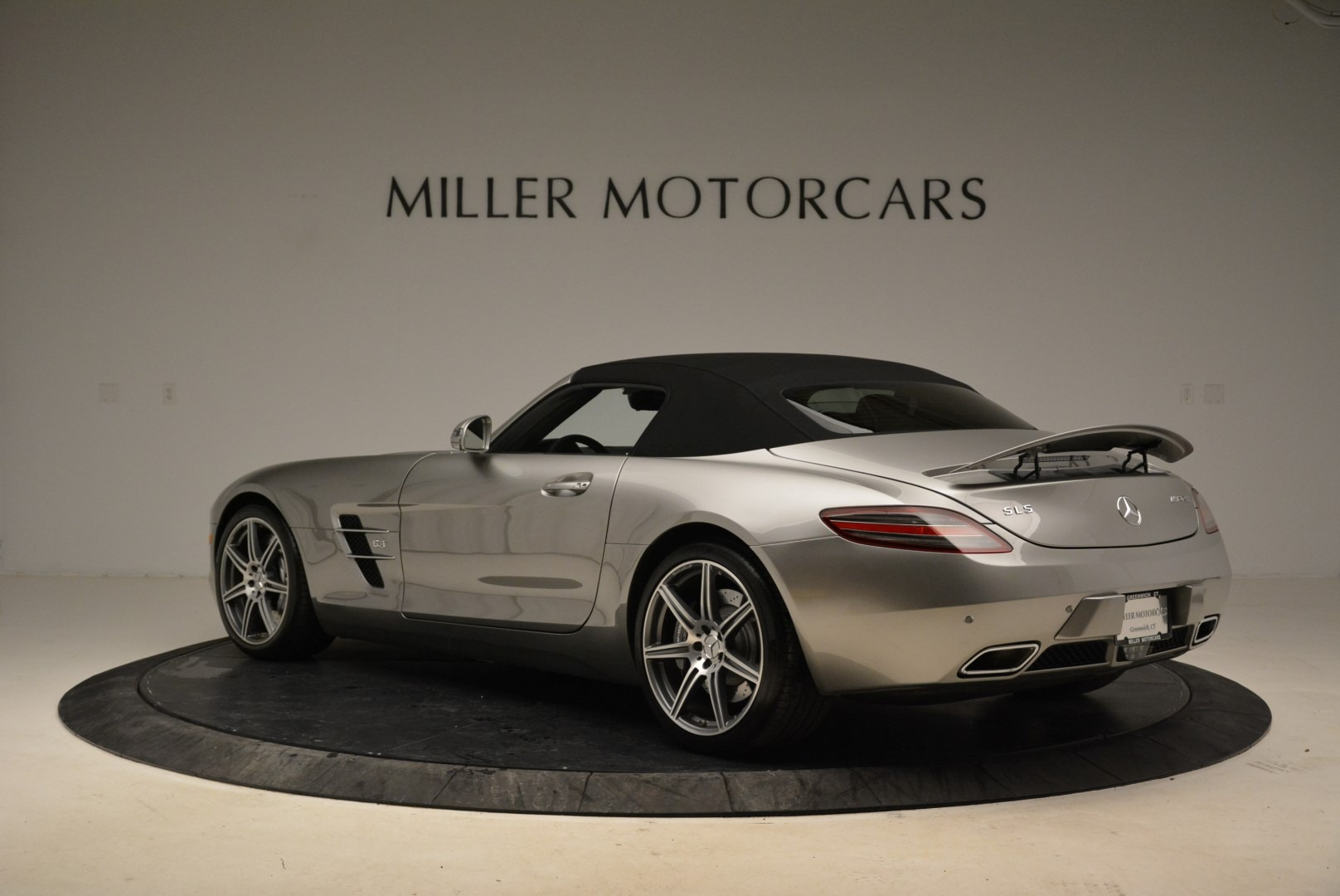 Used 2012 Mercedes-Benz SLS AMG  For Sale In Greenwich, CT. Alfa Romeo of Greenwich, 7330 2068_p15