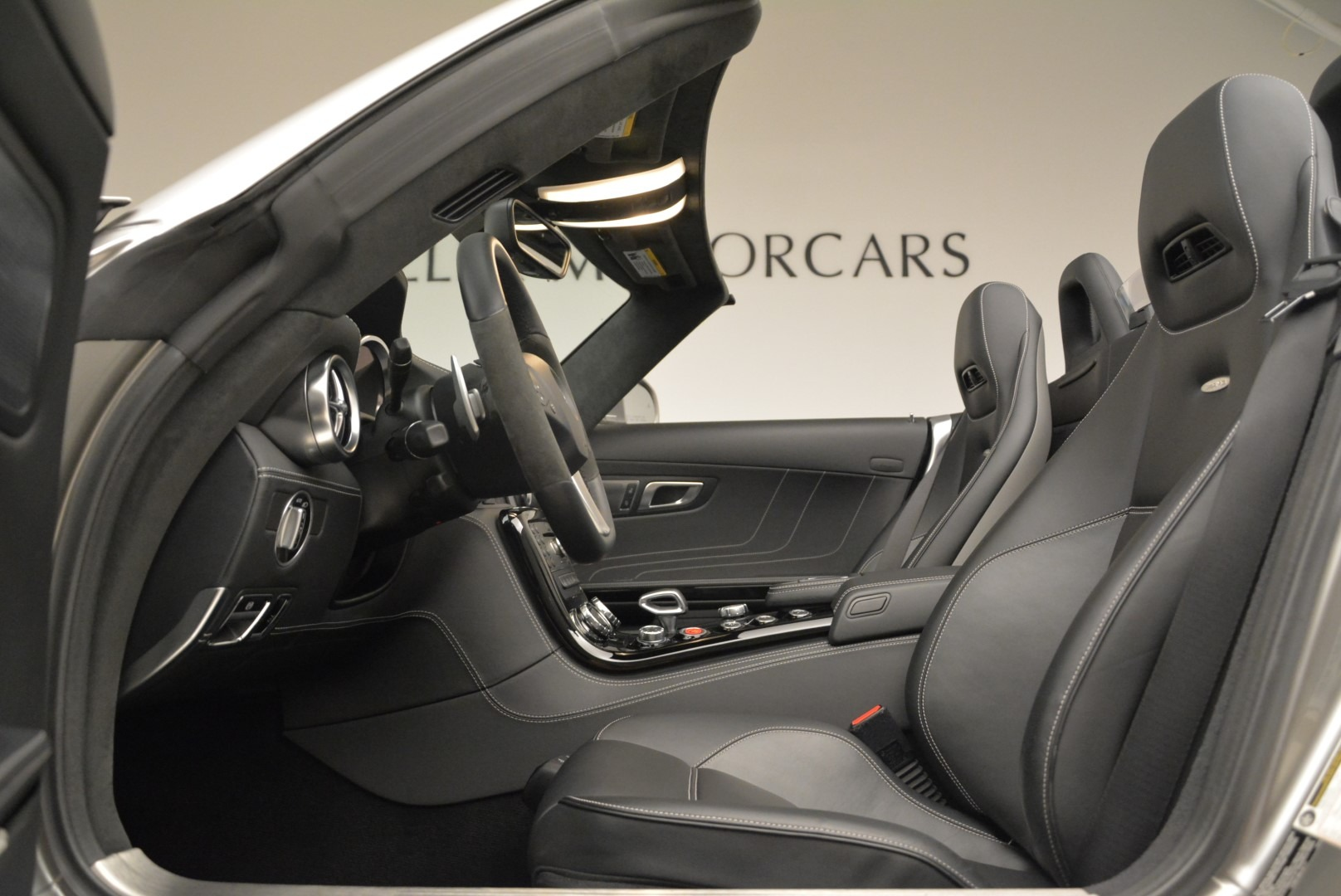 Used 2012 Mercedes-Benz SLS AMG  For Sale In Greenwich, CT. Alfa Romeo of Greenwich, 7330 2068_p24