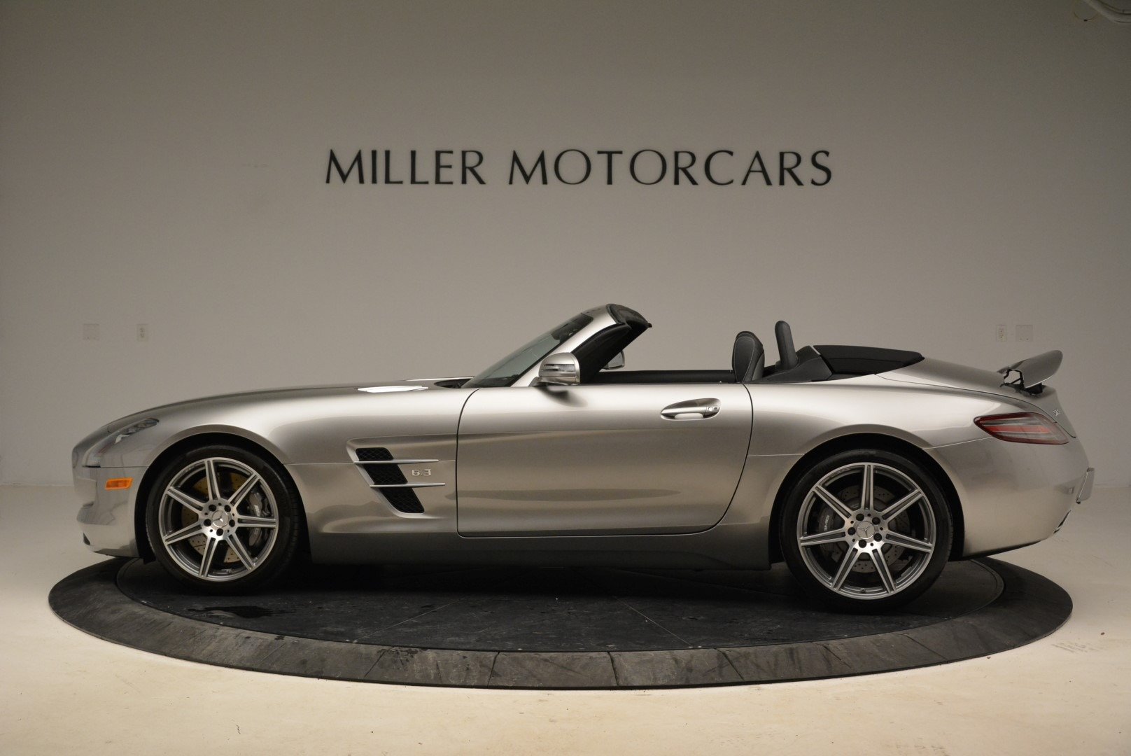 Used 2012 Mercedes-Benz SLS AMG  For Sale In Greenwich, CT. Alfa Romeo of Greenwich, 7330 2068_p3
