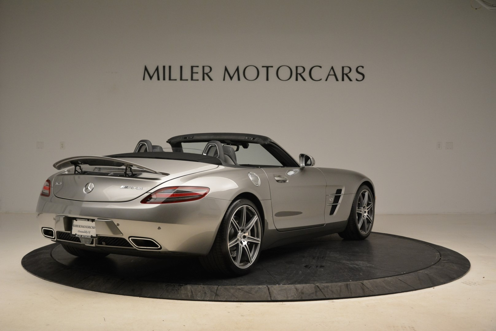 Used 2012 Mercedes-Benz SLS AMG  For Sale In Greenwich, CT. Alfa Romeo of Greenwich, 7330 2068_p7