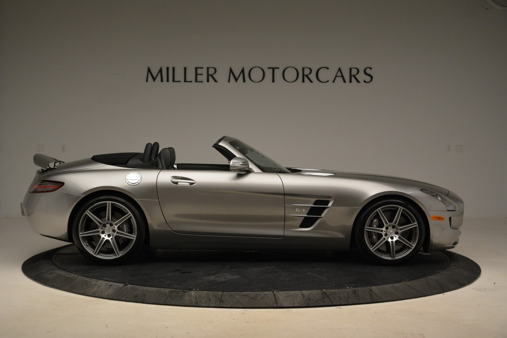 Used 2012 Mercedes-Benz SLS AMG  For Sale In Greenwich, CT. Alfa Romeo of Greenwich, 7330 2068_p9