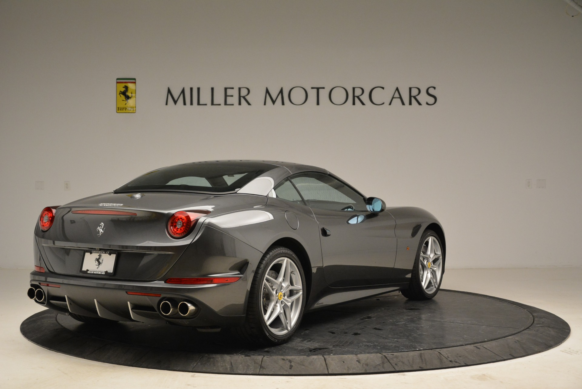 Used 2016 Ferrari California T  For Sale In Greenwich, CT. Alfa Romeo of Greenwich, 4461 2069_p19