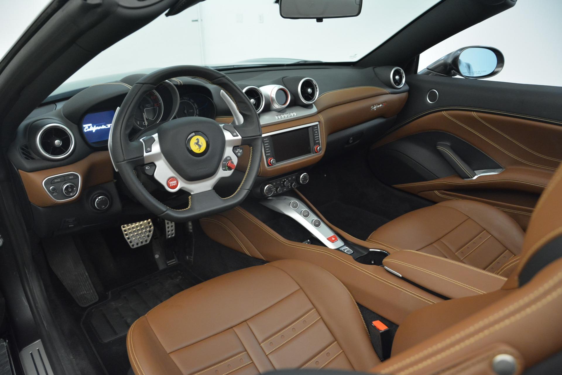 Used 2016 Ferrari California T  For Sale In Greenwich, CT. Alfa Romeo of Greenwich, 4461 2069_p25