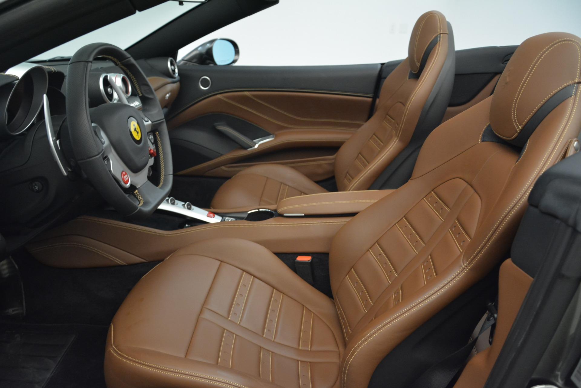 Used 2016 Ferrari California T  For Sale In Greenwich, CT. Alfa Romeo of Greenwich, 4461 2069_p26