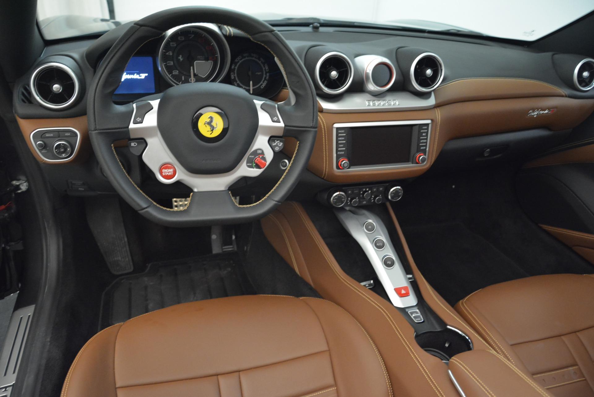 Used 2016 Ferrari California T  For Sale In Greenwich, CT. Alfa Romeo of Greenwich, 4461 2069_p27
