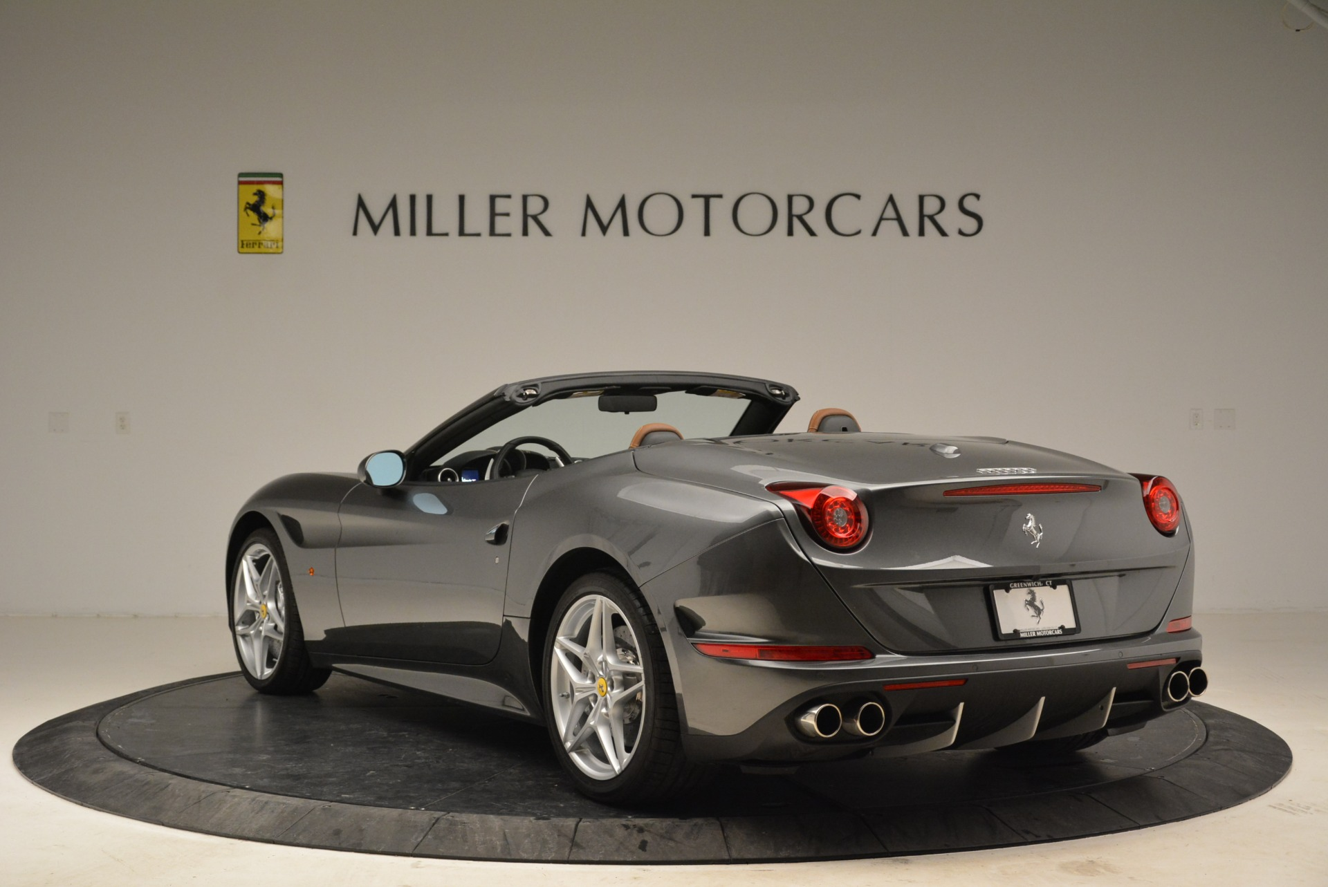 Used 2016 Ferrari California T  For Sale In Greenwich, CT. Alfa Romeo of Greenwich, 4461 2069_p5