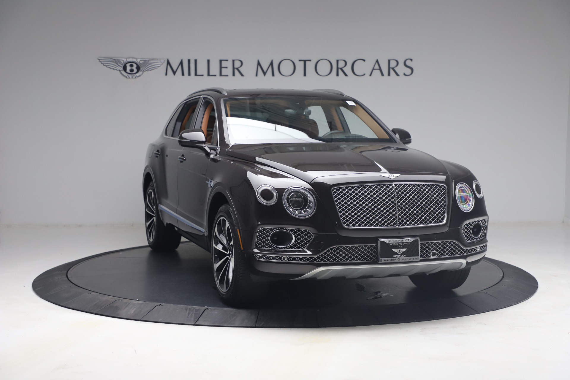 New 2018 Bentley Bentayga Signature For Sale In Greenwich, CT. Alfa Romeo of Greenwich, B1336 2071_p11