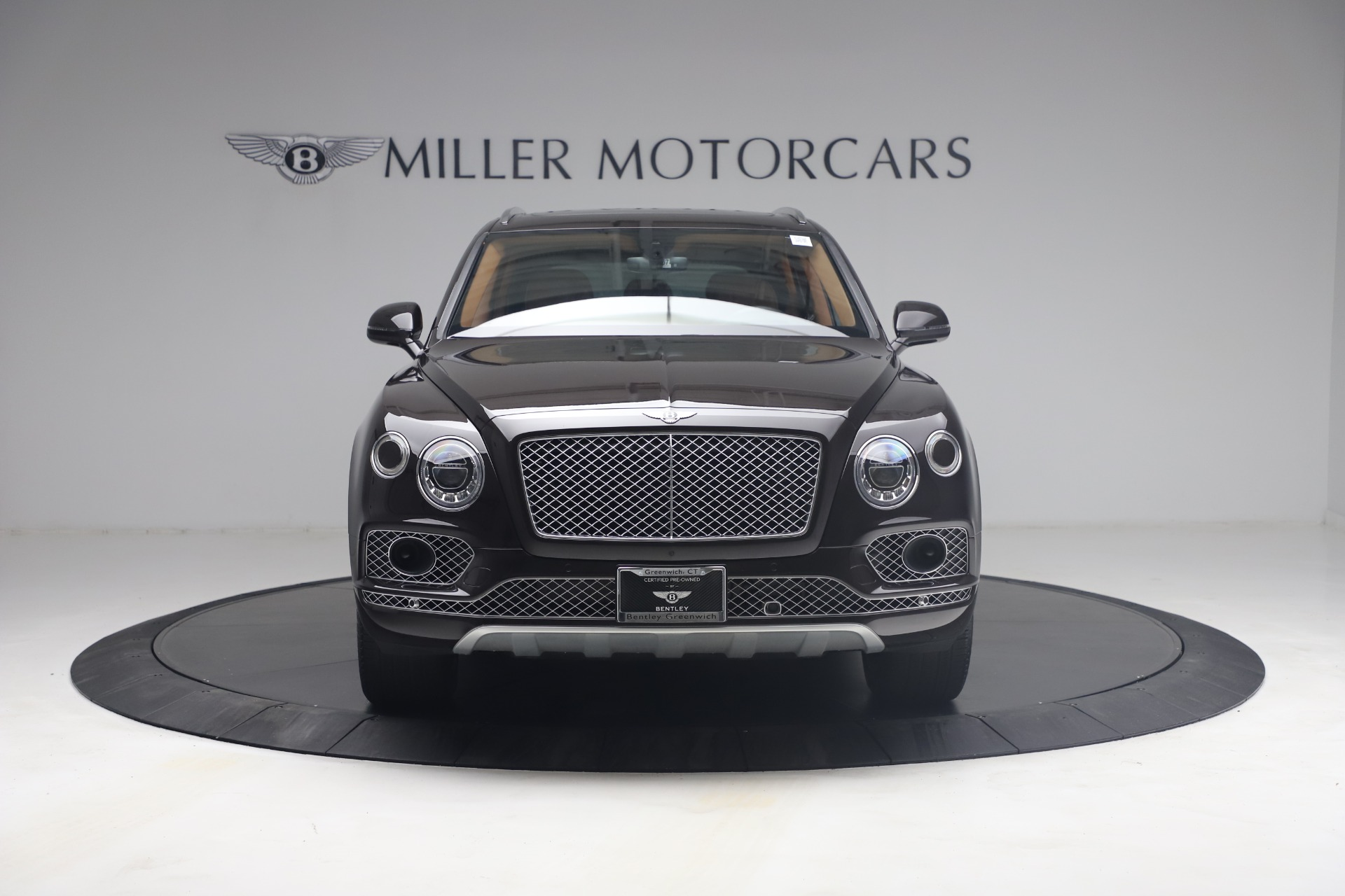 New 2018 Bentley Bentayga Signature For Sale In Greenwich, CT. Alfa Romeo of Greenwich, B1336 2071_p12