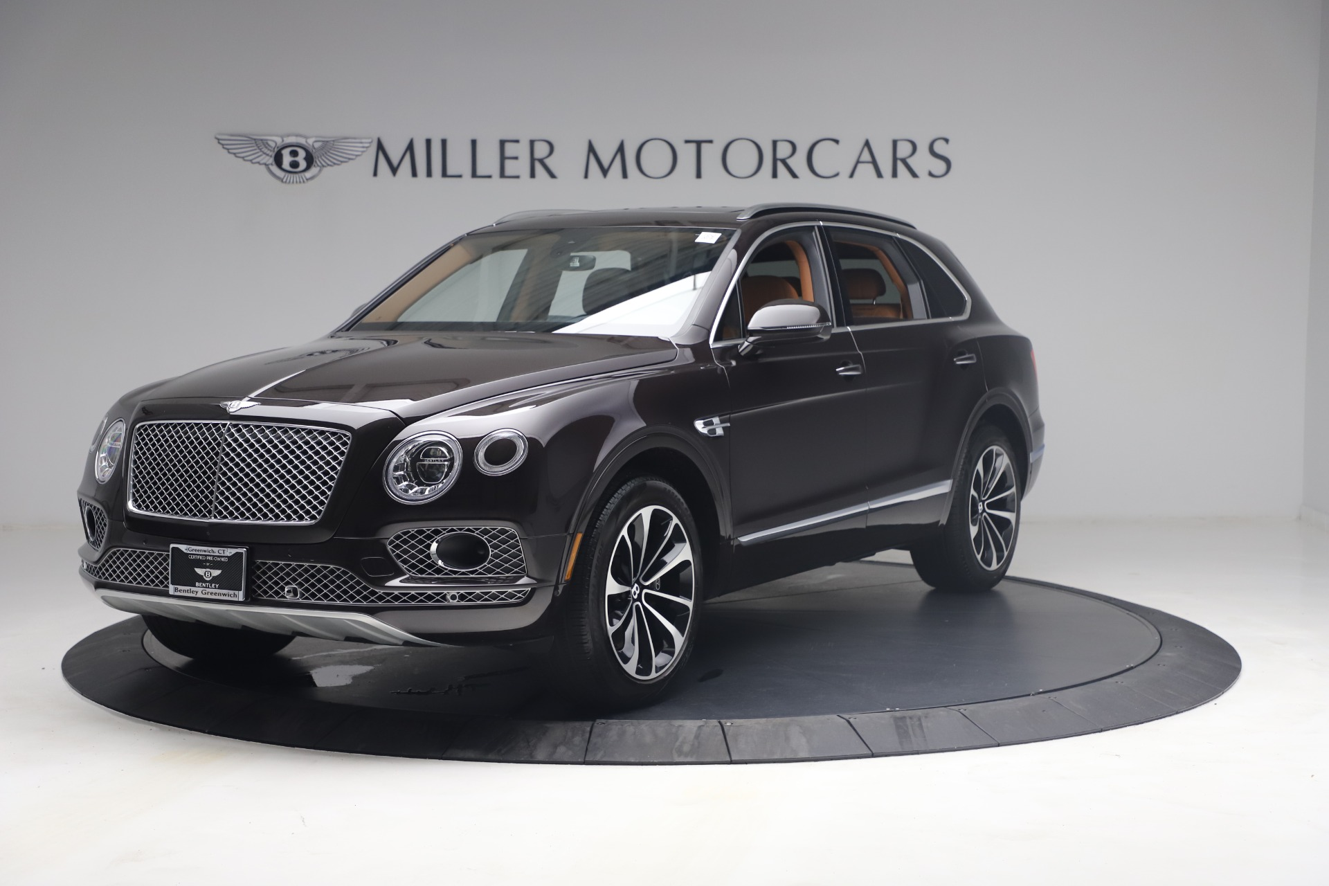 New 2018 Bentley Bentayga Signature For Sale In Greenwich, CT. Alfa Romeo of Greenwich, B1336 2071_p2