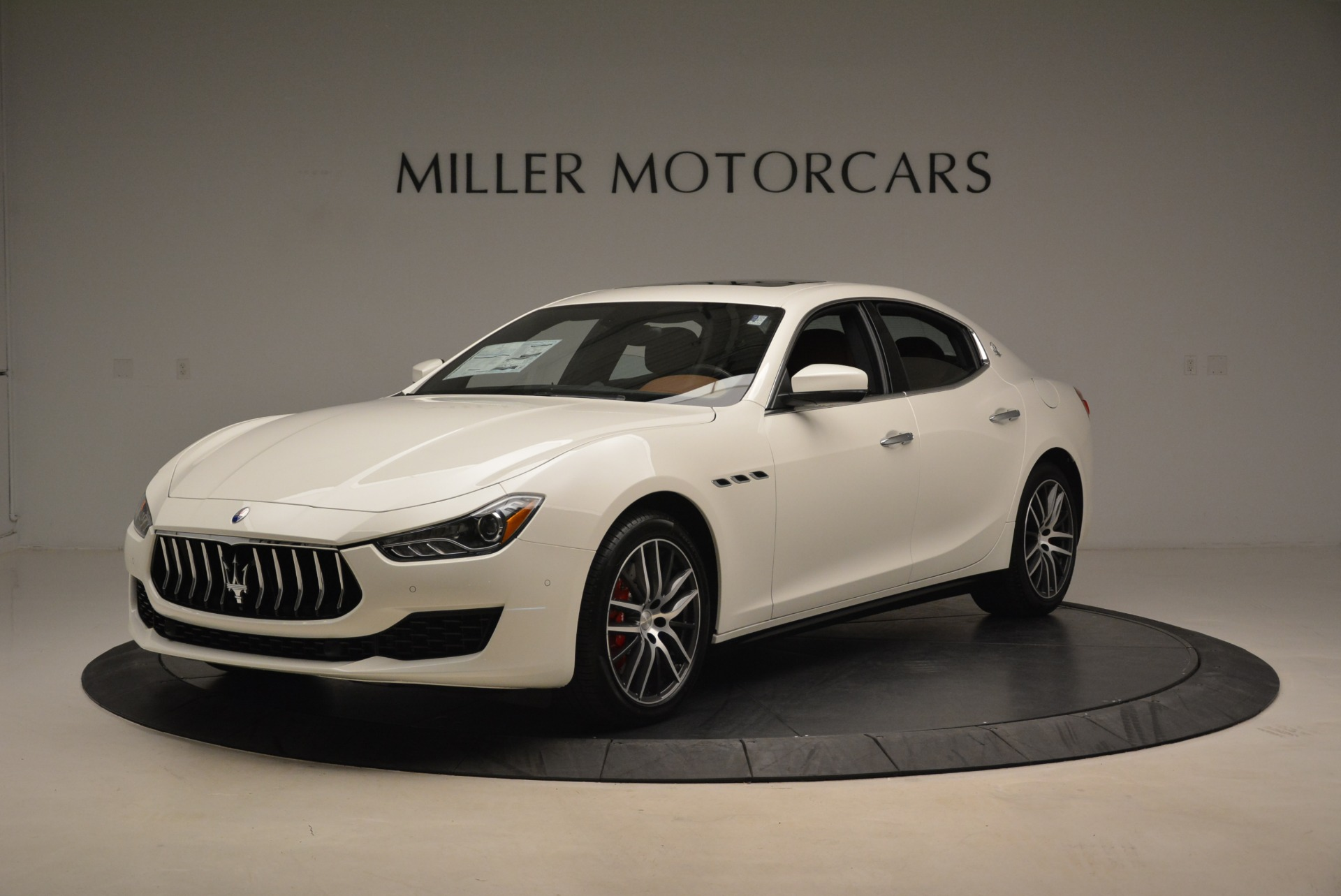 New 2018 Maserati Ghibli S Q4 For Sale In Greenwich, CT. Alfa Romeo of Greenwich, M2058 2074_main