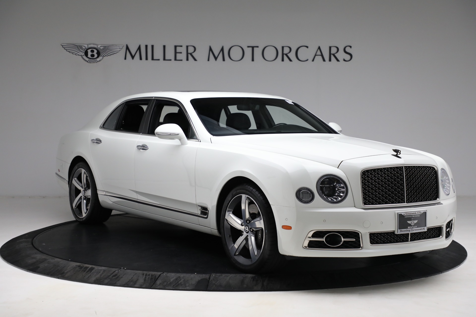 Used 2018 Bentley Mulsanne Speed For Sale In Greenwich, CT. Alfa Romeo of Greenwich, B1350 2075_p10