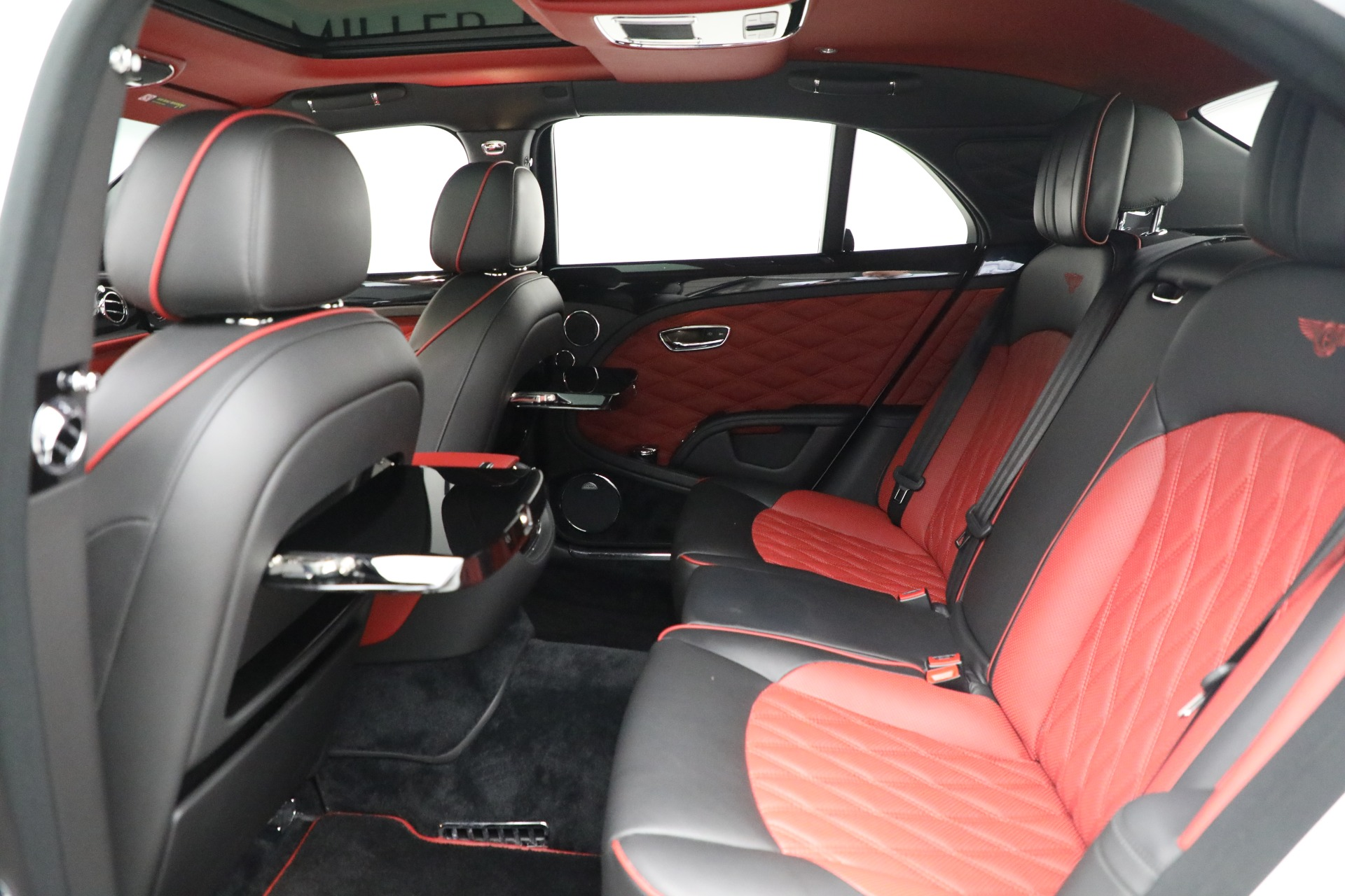 Used 2018 Bentley Mulsanne Speed For Sale In Greenwich, CT. Alfa Romeo of Greenwich, B1350 2075_p21
