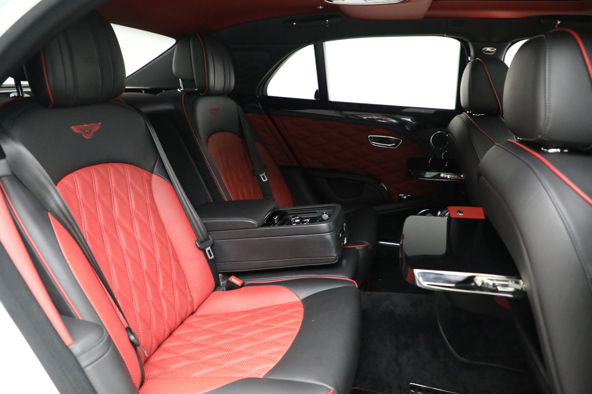 Used 2018 Bentley Mulsanne Speed For Sale In Greenwich, CT. Alfa Romeo of Greenwich, B1350 2075_p26