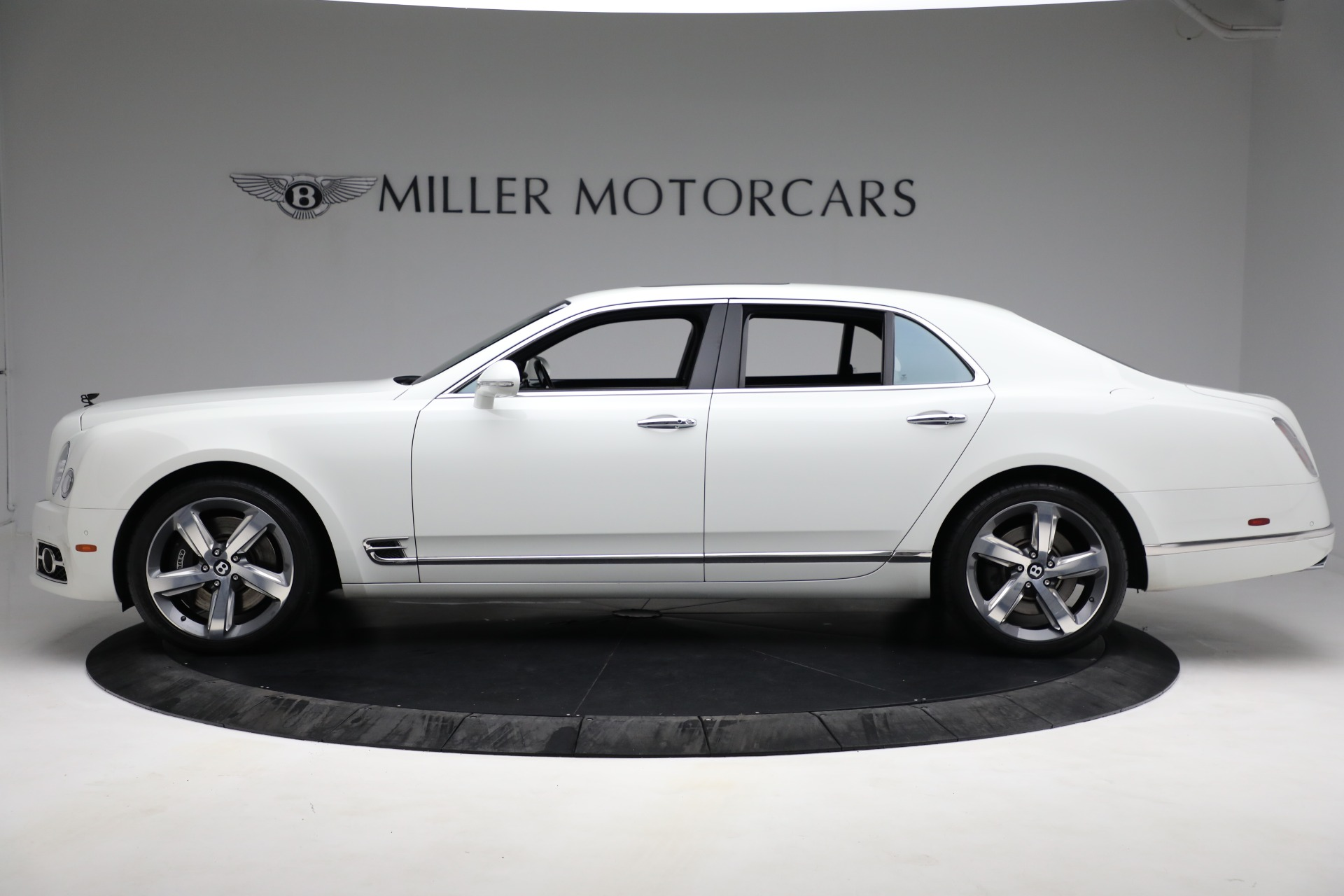 Used 2018 Bentley Mulsanne Speed For Sale In Greenwich, CT. Alfa Romeo of Greenwich, B1350 2075_p2