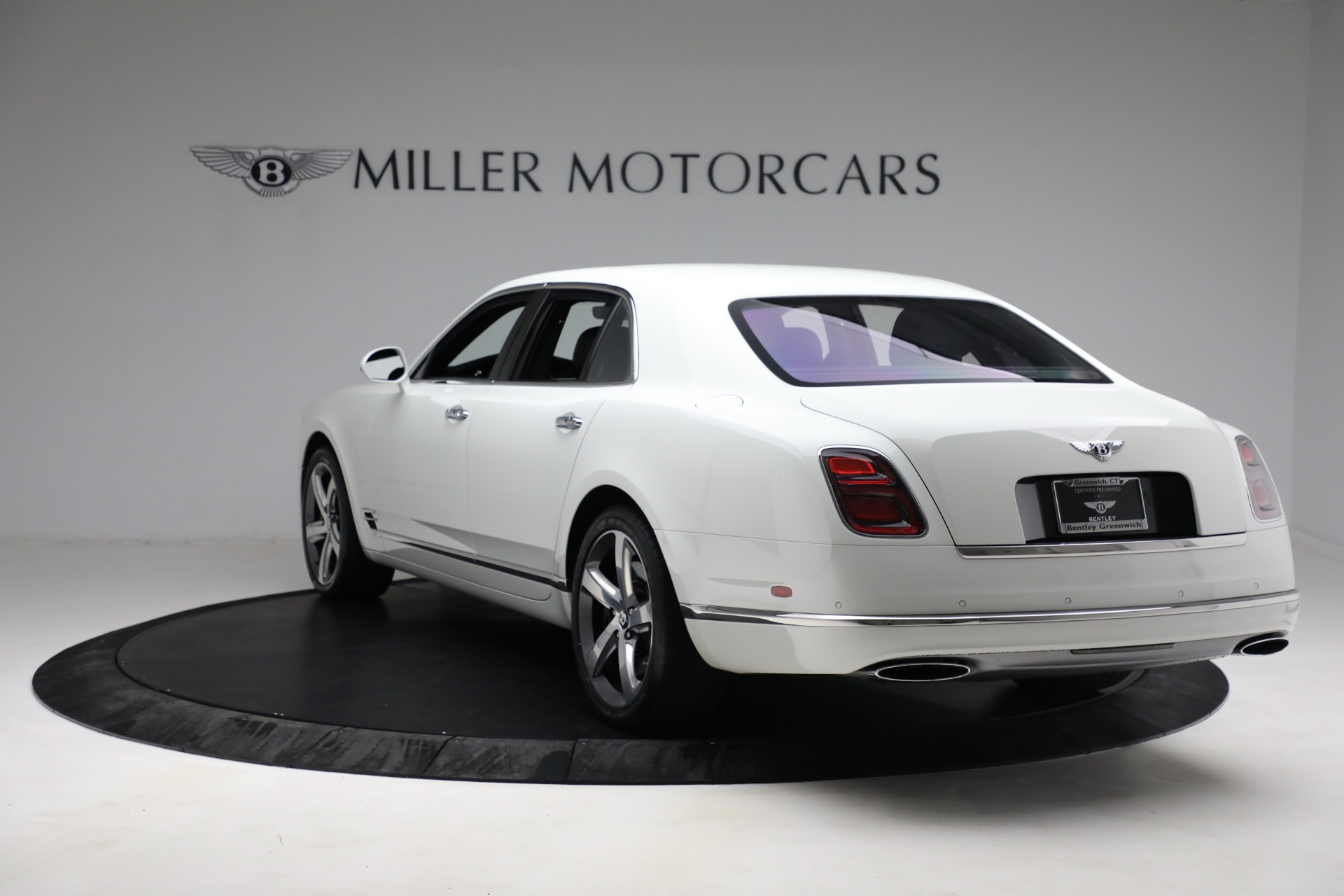 Used 2018 Bentley Mulsanne Speed For Sale In Greenwich, CT. Alfa Romeo of Greenwich, B1350 2075_p4