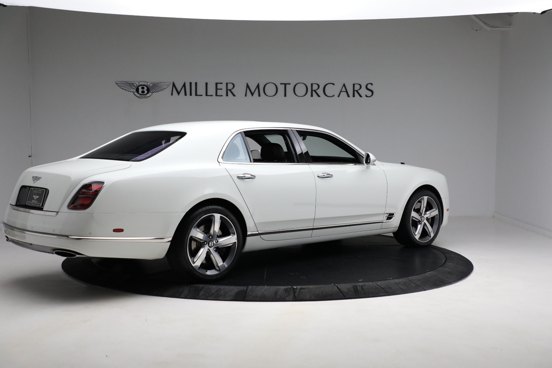 Used 2018 Bentley Mulsanne Speed For Sale In Greenwich, CT. Alfa Romeo of Greenwich, B1350 2075_p7