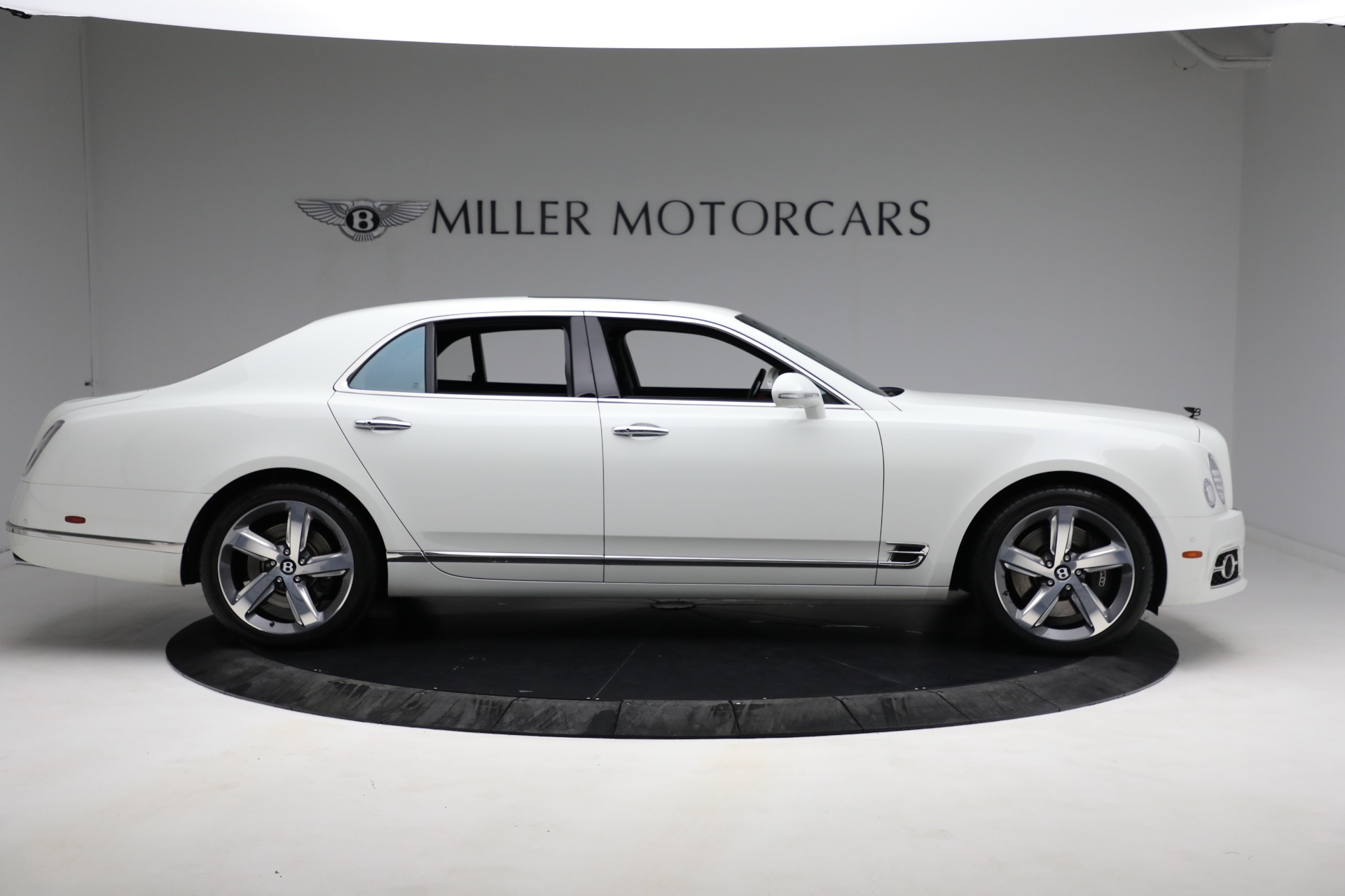 Used 2018 Bentley Mulsanne Speed For Sale In Greenwich, CT. Alfa Romeo of Greenwich, B1350 2075_p8