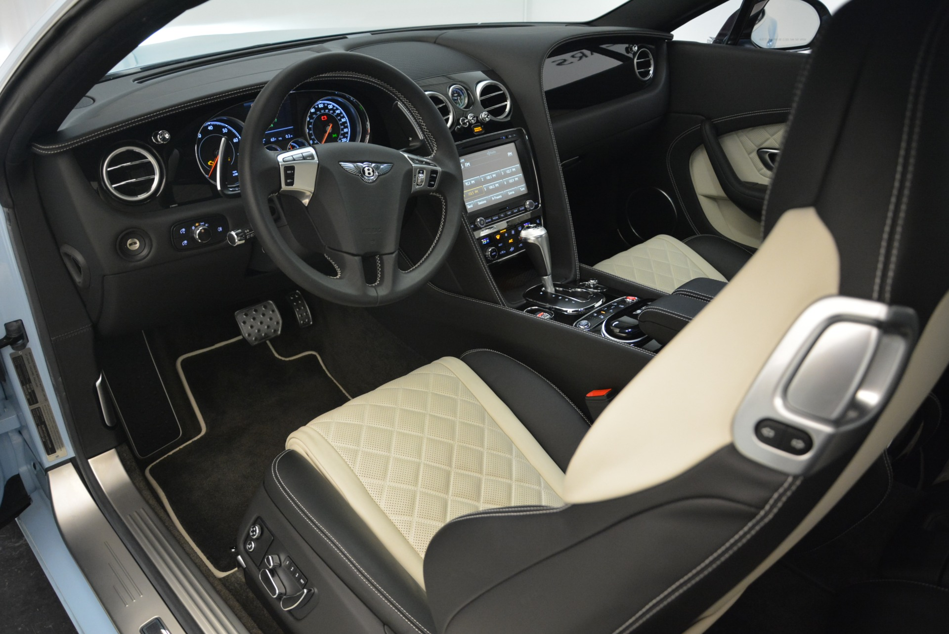 Used 2016 Bentley Continental GT V8 S For Sale In Greenwich, CT. Alfa Romeo of Greenwich, 7332 2077_p20