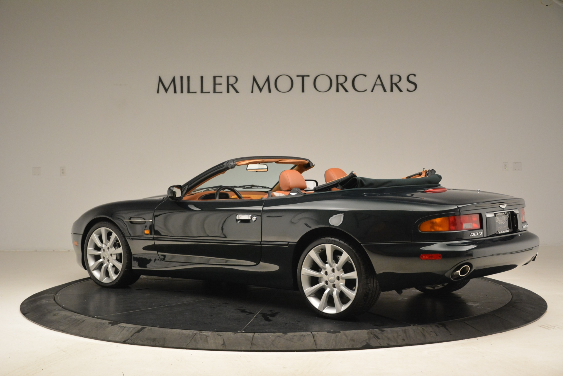 Used 2003 Aston Martin DB7 Vantage Volante For Sale In Greenwich, CT. Alfa Romeo of Greenwich, 7307 2084_p4