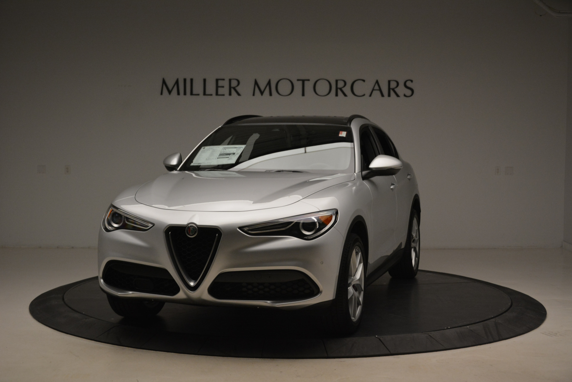 New 2018 Alfa Romeo Stelvio Ti Sport Q4 For Sale In Greenwich, CT. Alfa Romeo of Greenwich, L361 2086_main