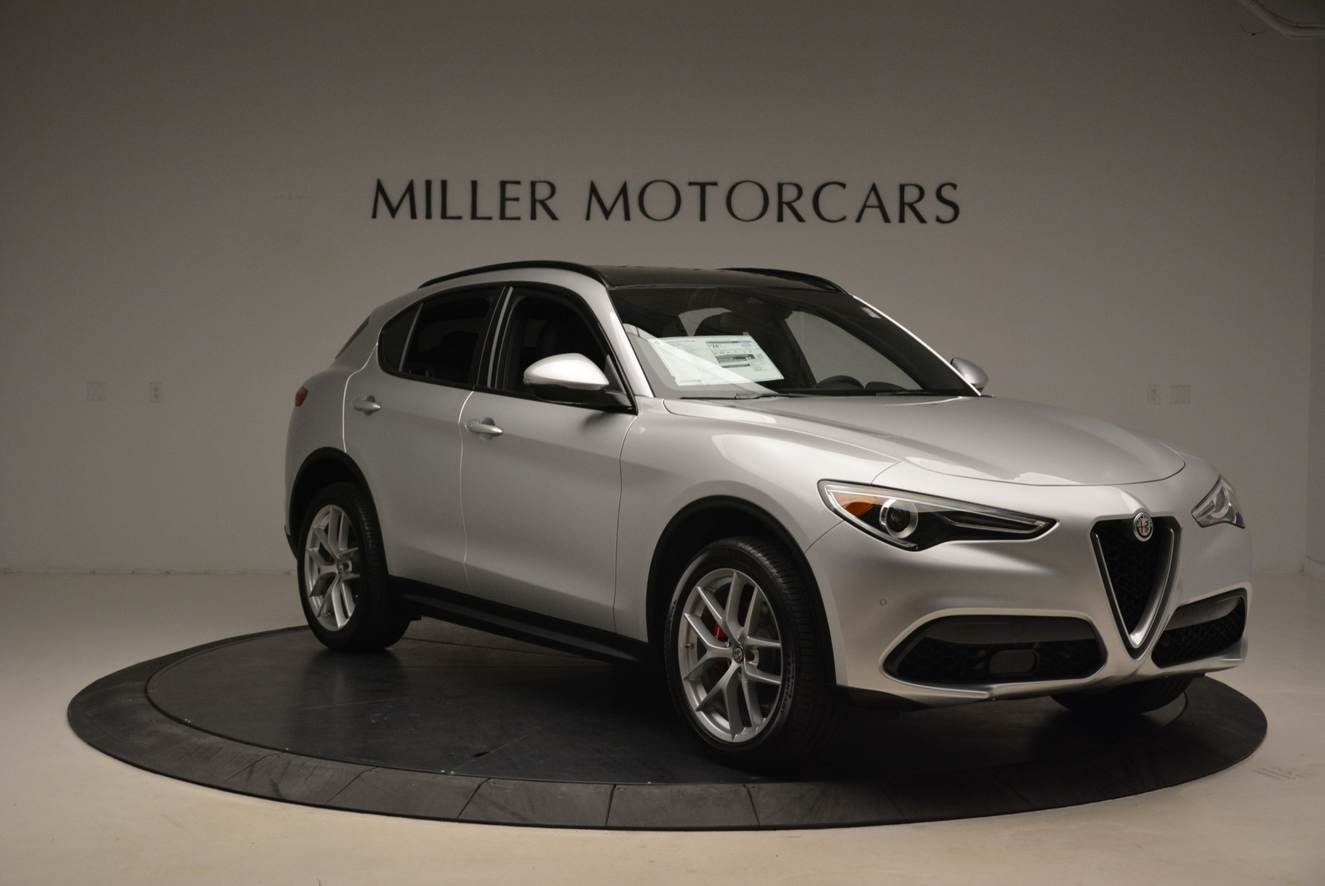 New 2018 Alfa Romeo Stelvio Ti Sport Q4 For Sale In Greenwich, CT. Alfa Romeo of Greenwich, L361 2086_p11