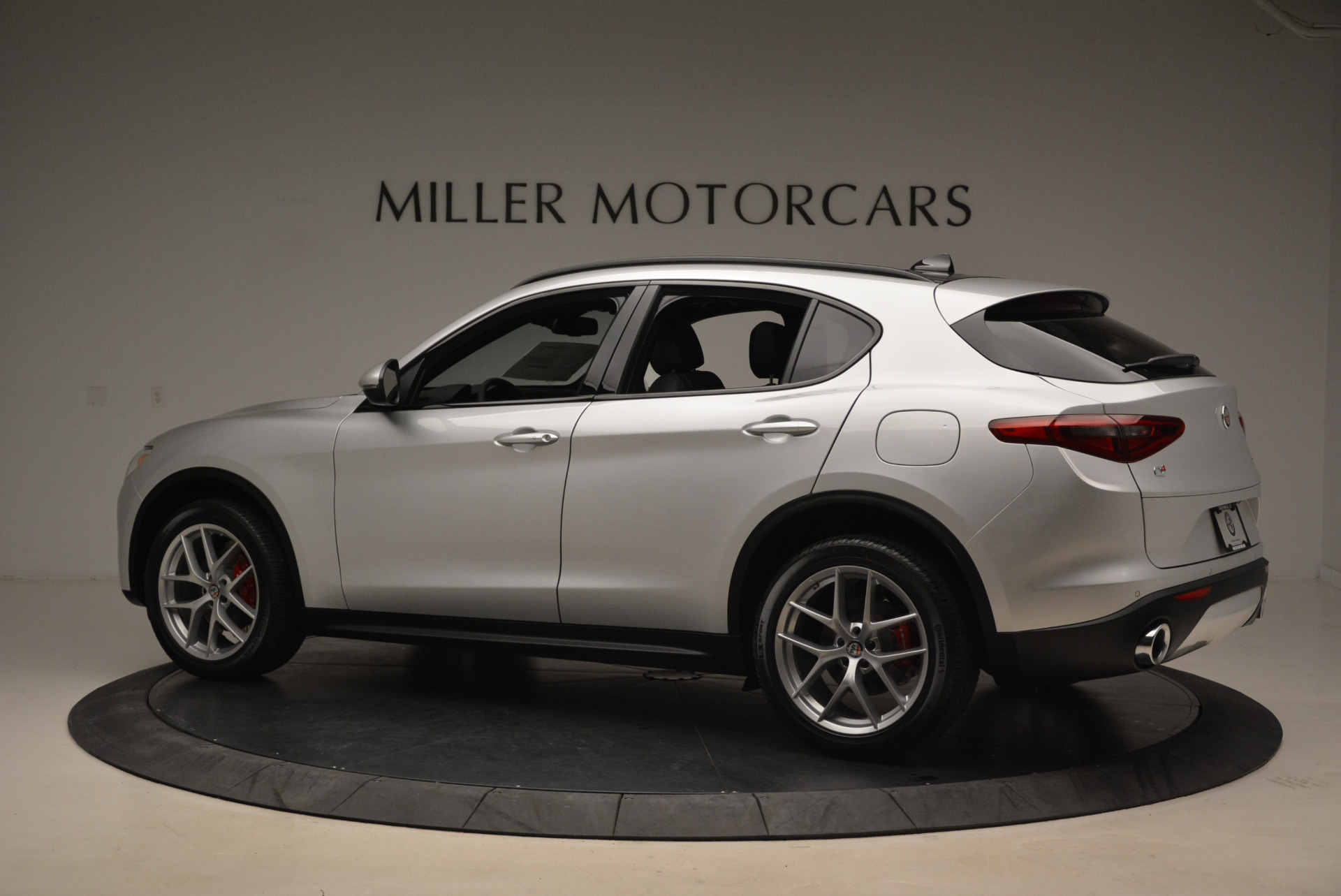 New 2018 Alfa Romeo Stelvio Ti Sport Q4 For Sale In Greenwich, CT. Alfa Romeo of Greenwich, L361 2086_p4