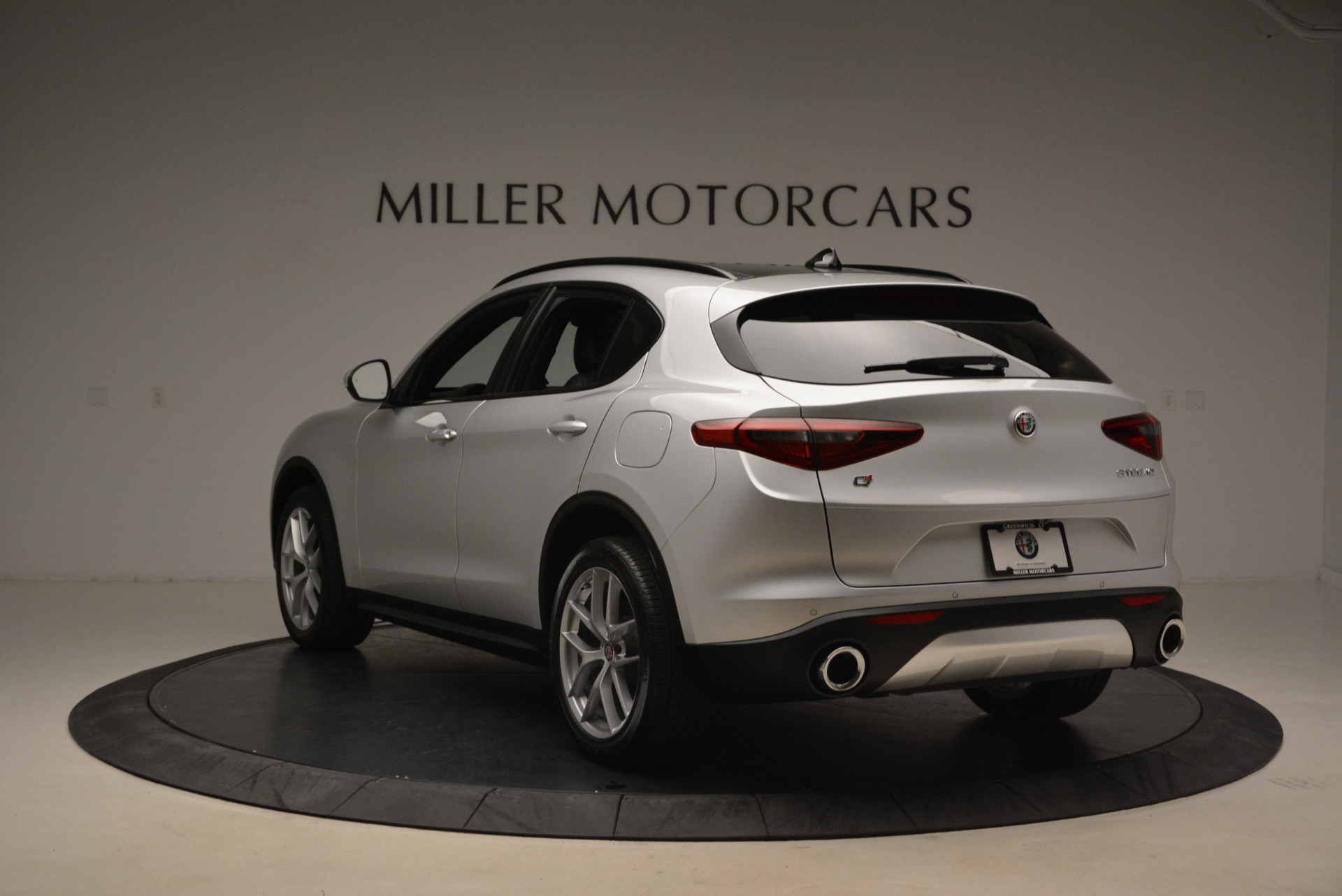 New 2018 Alfa Romeo Stelvio Ti Sport Q4 For Sale In Greenwich, CT. Alfa Romeo of Greenwich, L361 2086_p5