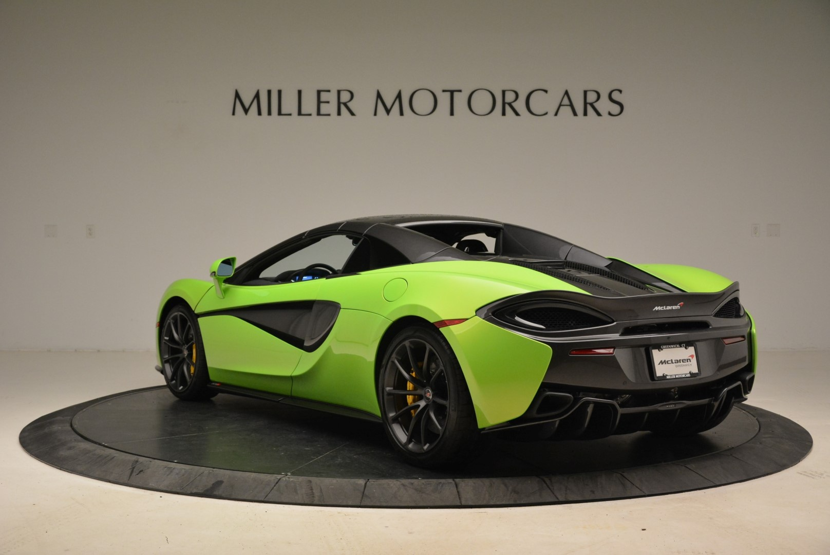 New 2018 McLaren 570S Spider For Sale In Greenwich, CT. Alfa Romeo of Greenwich, MC339 2087_p17