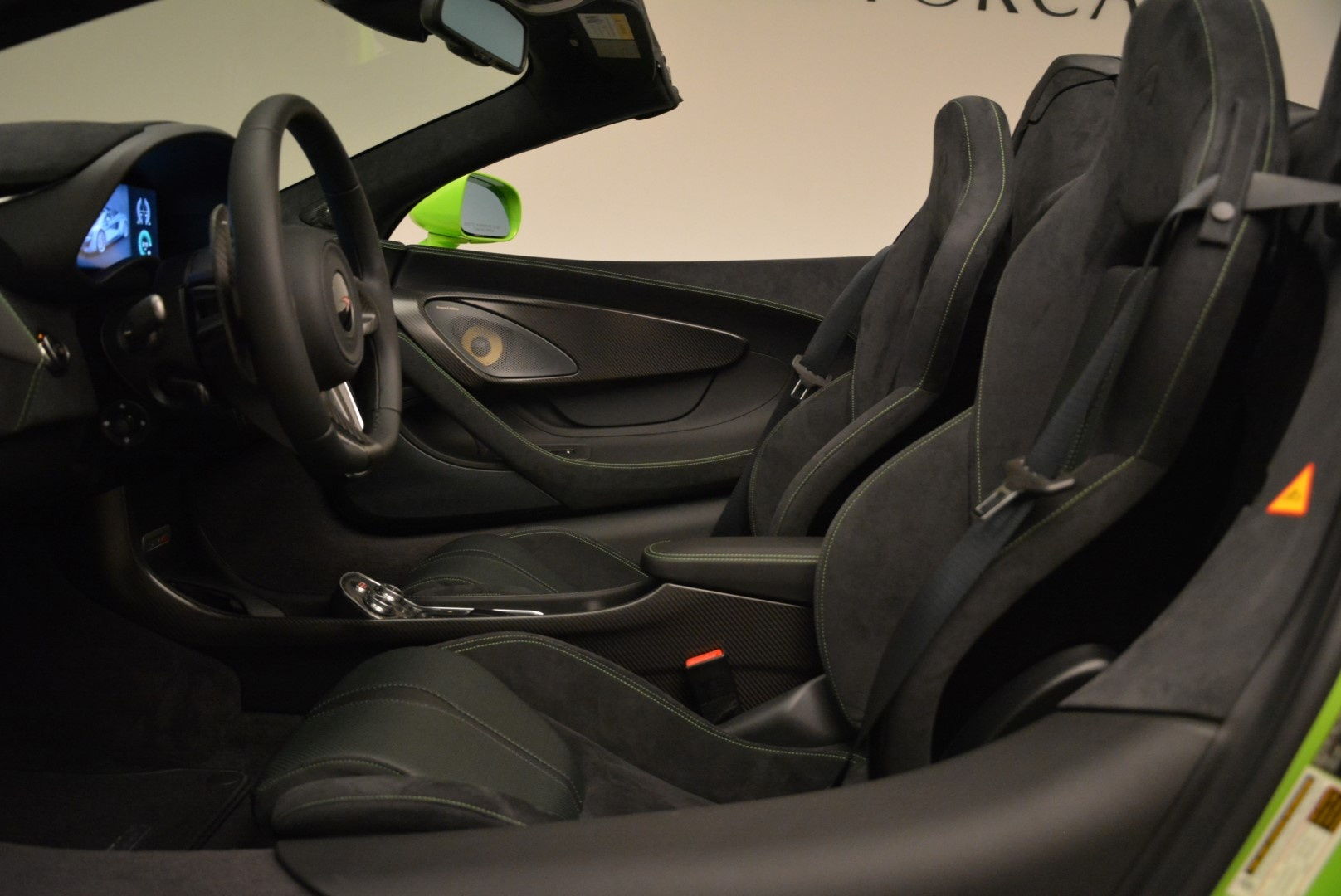 New 2018 McLaren 570S Spider For Sale In Greenwich, CT. Alfa Romeo of Greenwich, MC339 2087_p26