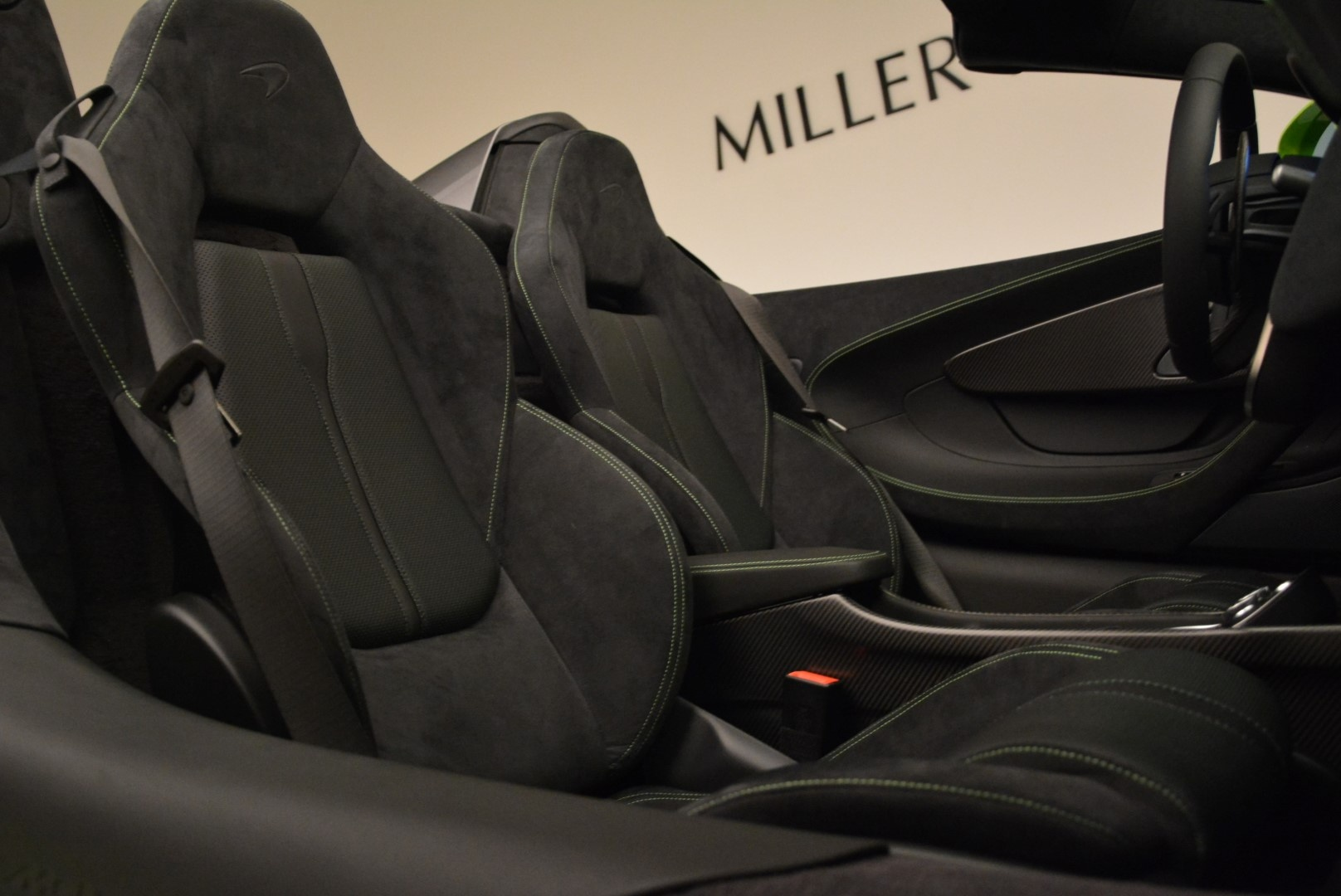 New 2018 McLaren 570S Spider For Sale In Greenwich, CT. Alfa Romeo of Greenwich, MC339 2087_p31