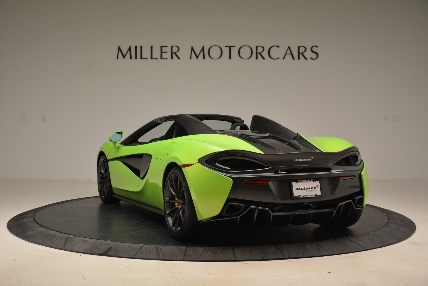 New 2018 McLaren 570S Spider For Sale In Greenwich, CT. Alfa Romeo of Greenwich, MC339 2087_p5