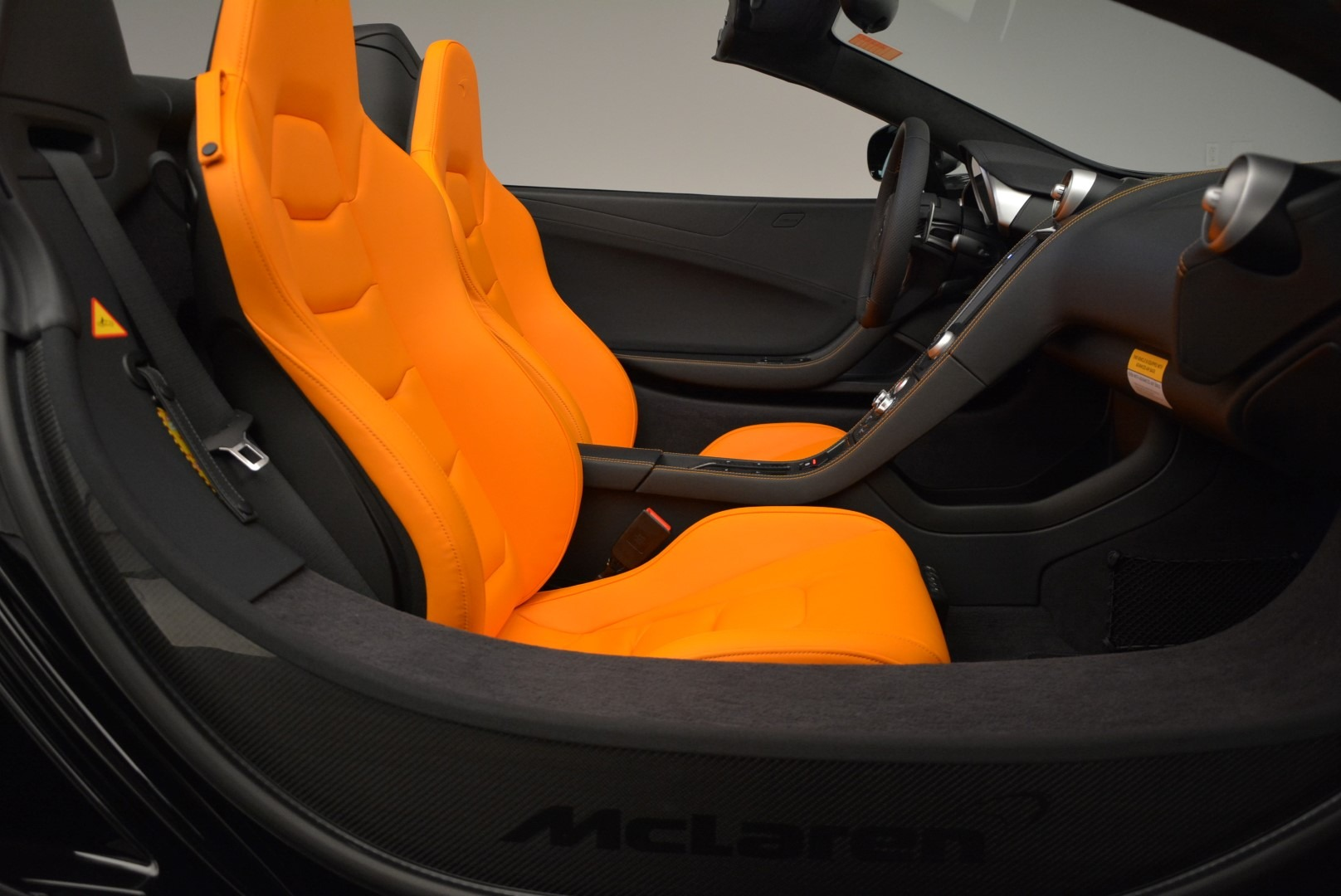 Used 2015 McLaren 650S Spider For Sale In Greenwich, CT. Alfa Romeo of Greenwich, MC334A 2089_p27