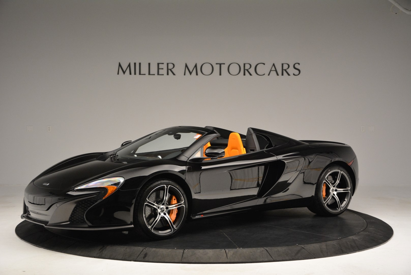 Used 2015 McLaren 650S Spider For Sale In Greenwich, CT. Alfa Romeo of Greenwich, MC334A 2089_p2