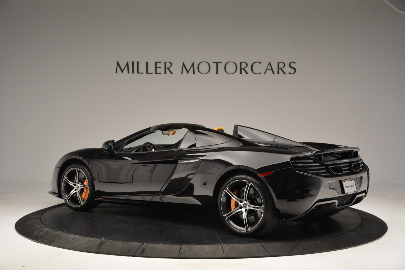 Used 2015 McLaren 650S Spider For Sale In Greenwich, CT. Alfa Romeo of Greenwich, MC334A 2089_p4