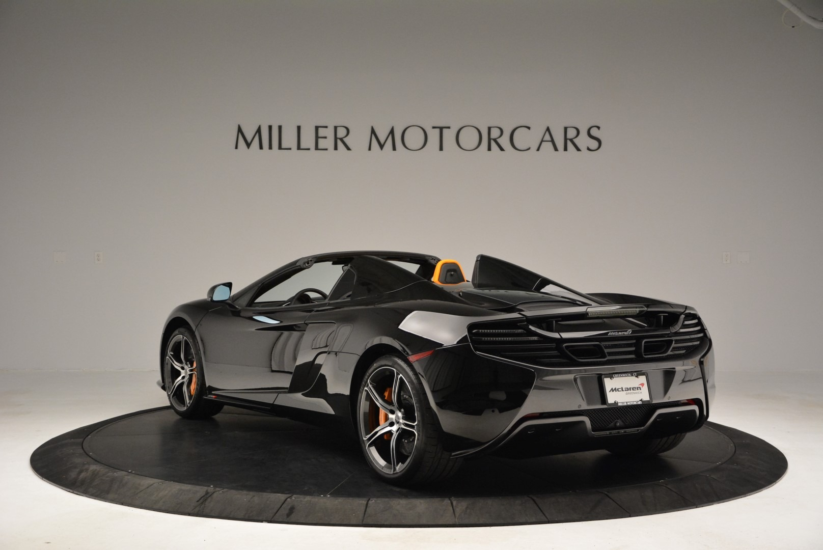 Used 2015 McLaren 650S Spider For Sale In Greenwich, CT. Alfa Romeo of Greenwich, MC334A 2089_p5