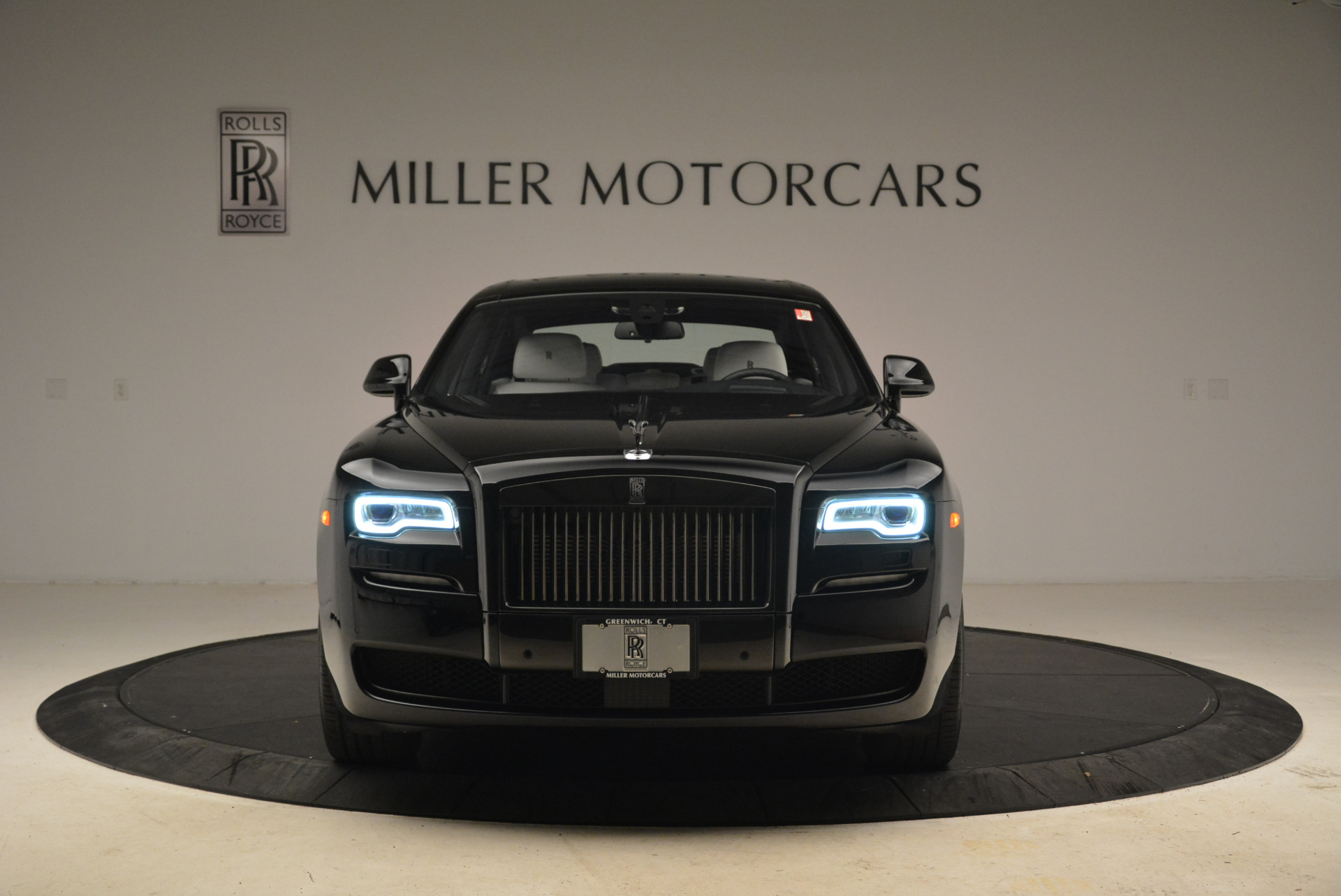 Used 2017 Rolls-Royce Ghost Black Badge For Sale In Greenwich, CT. Alfa Romeo of Greenwich, R454 2093_p10