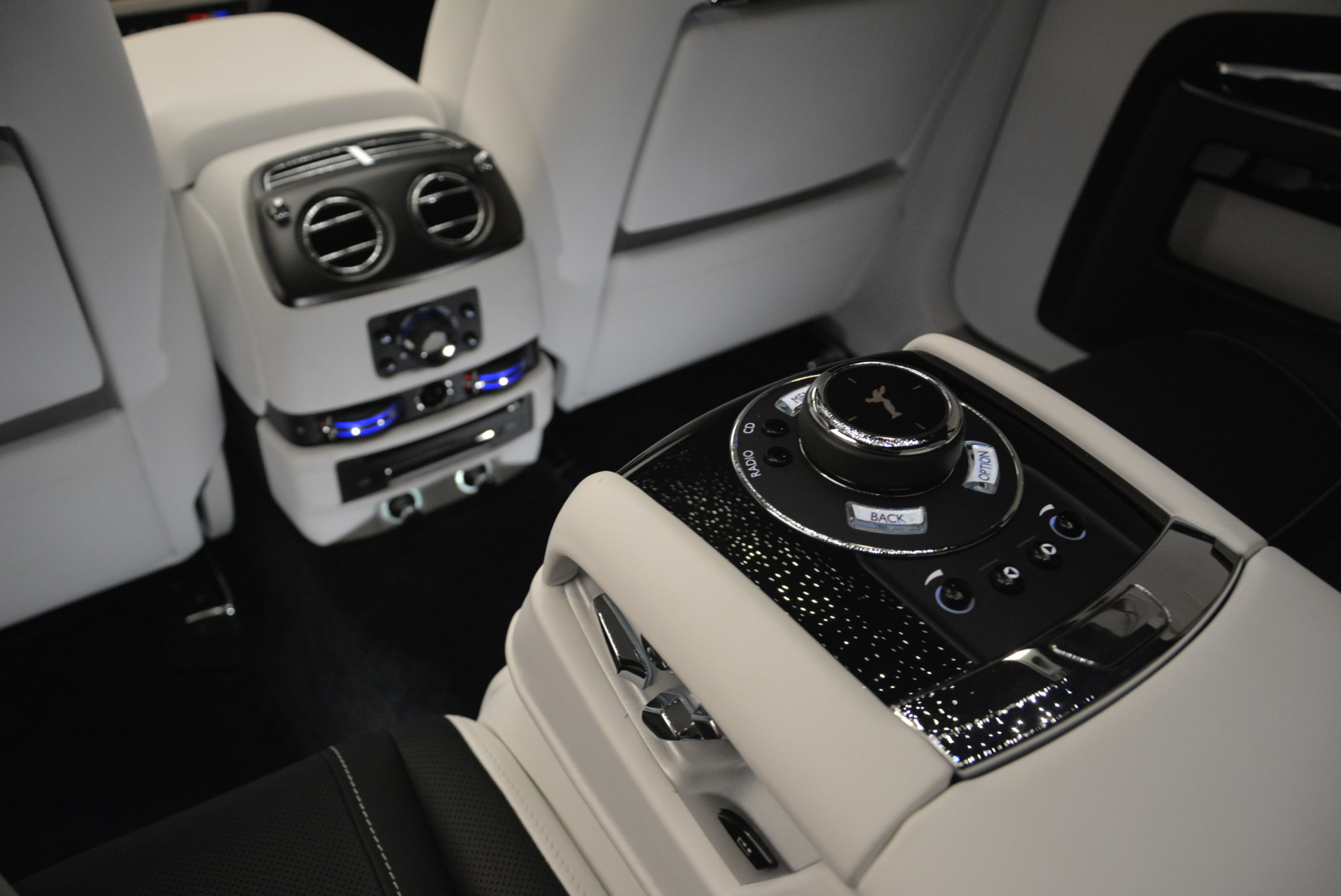 Used 2017 Rolls-Royce Ghost Black Badge For Sale In Greenwich, CT. Alfa Romeo of Greenwich, R454 2093_p25