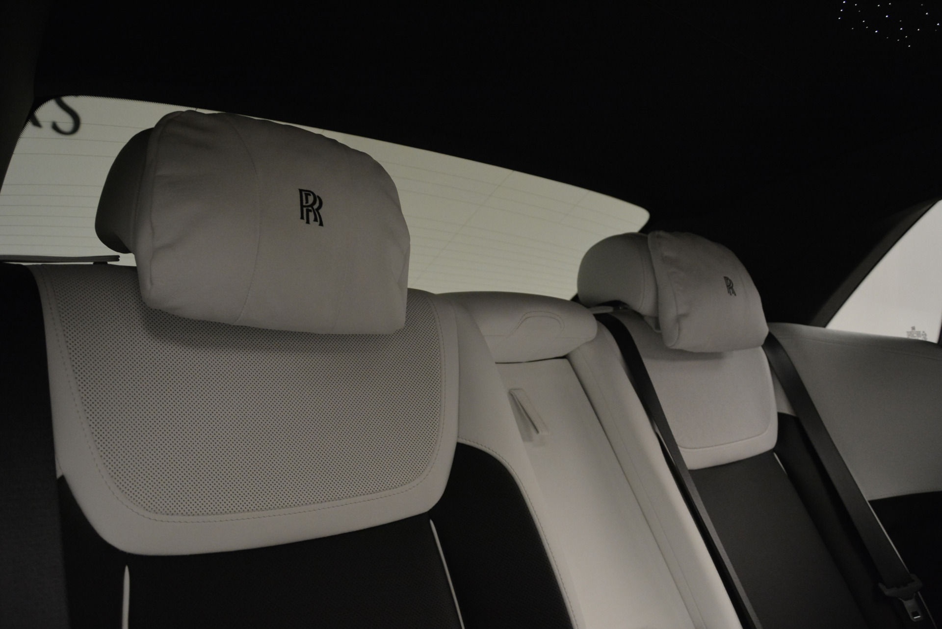 Used 2017 Rolls-Royce Ghost Black Badge For Sale In Greenwich, CT. Alfa Romeo of Greenwich, R454 2093_p30