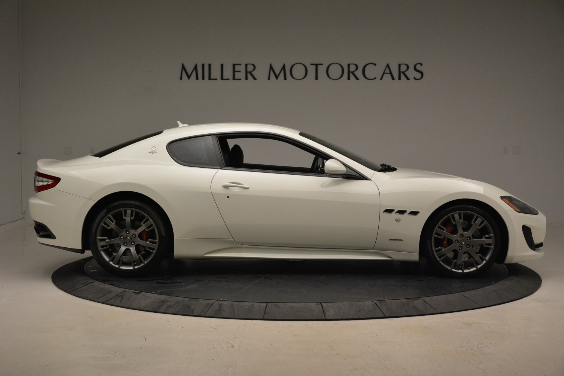 Used 2016 Maserati GranTurismo Sport For Sale In Greenwich, CT. Alfa Romeo of Greenwich, 7334 2095_p11