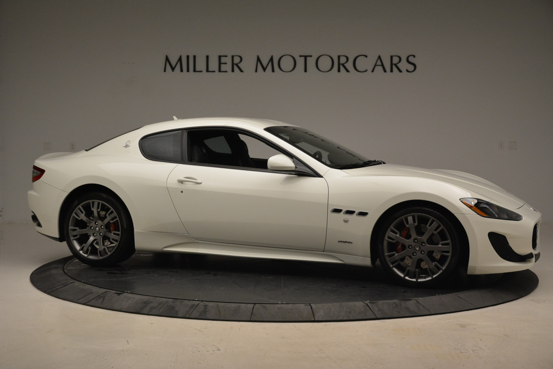 Used 2016 Maserati GranTurismo Sport For Sale In Greenwich, CT. Alfa Romeo of Greenwich, 7334 2095_p12