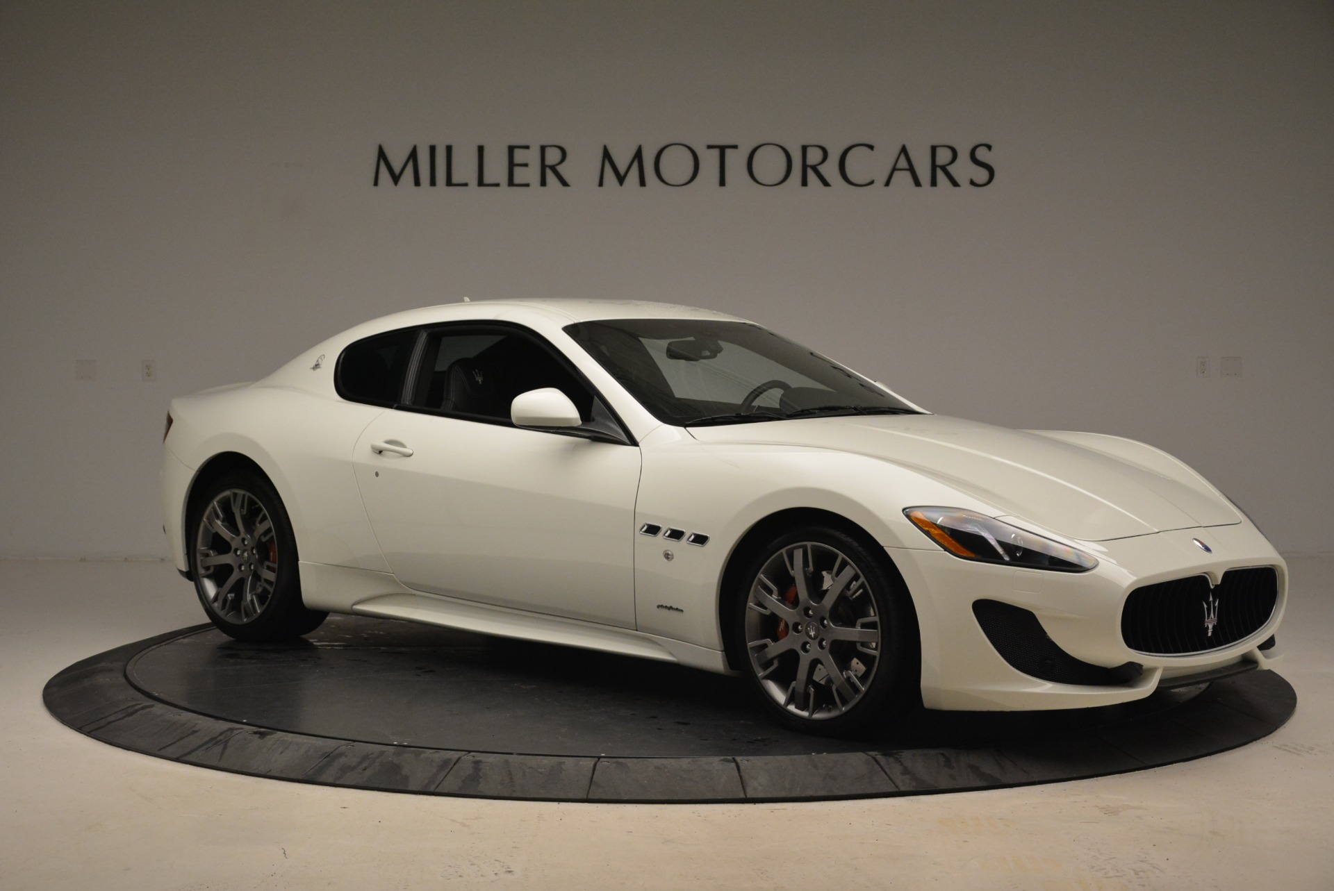 Used 2016 Maserati GranTurismo Sport For Sale In Greenwich, CT. Alfa Romeo of Greenwich, 7334 2095_p13