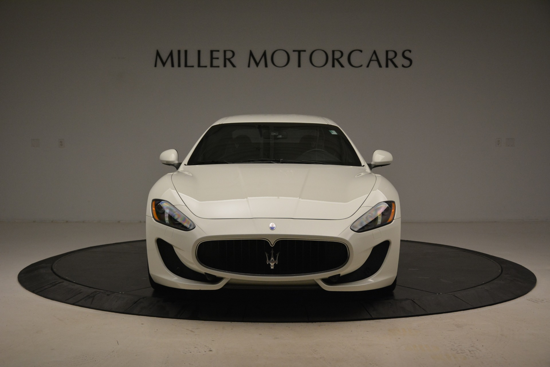 Used 2016 Maserati GranTurismo Sport For Sale In Greenwich, CT. Alfa Romeo of Greenwich, 7334 2095_p14
