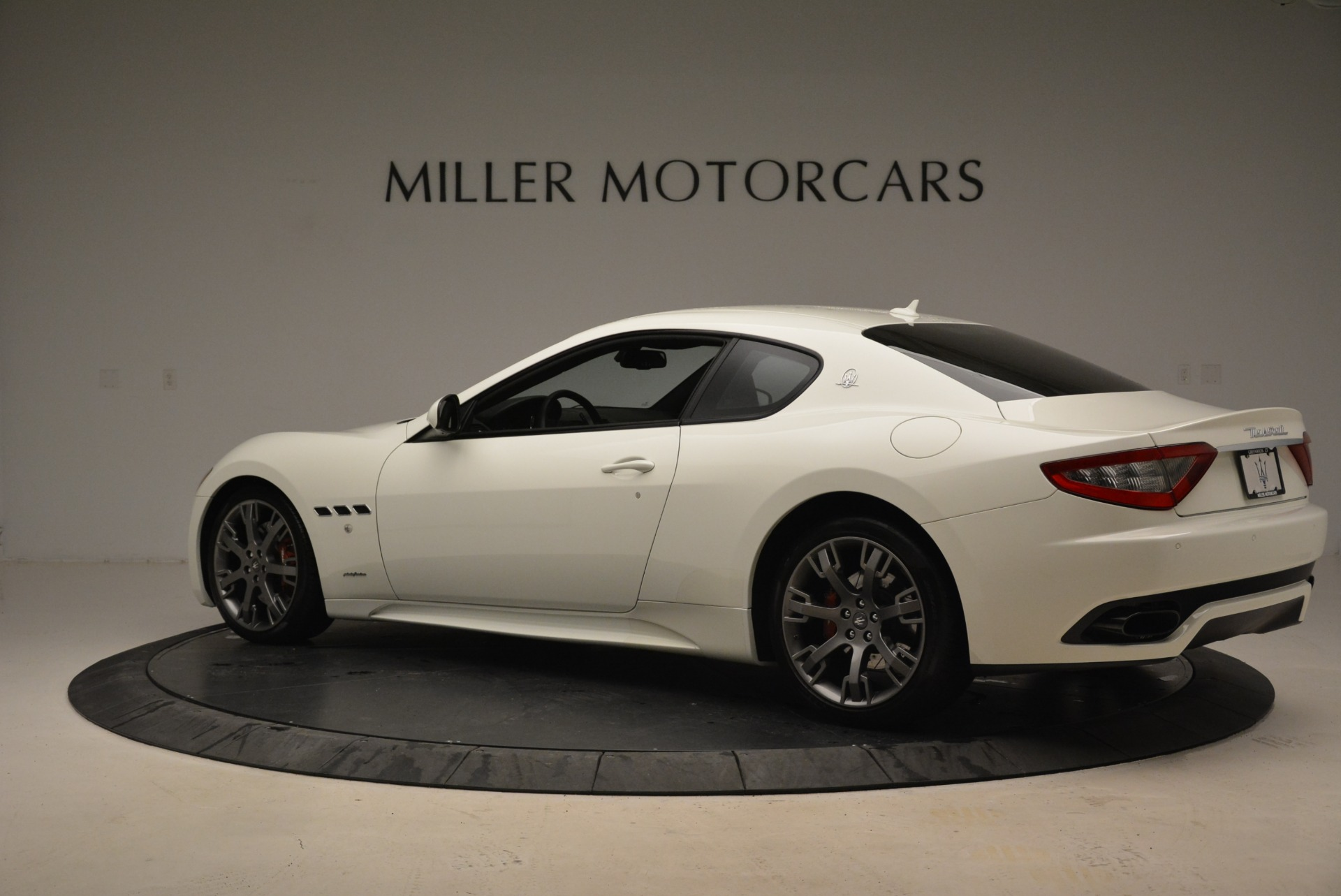 Used 2016 Maserati GranTurismo Sport For Sale In Greenwich, CT. Alfa Romeo of Greenwich, 7334 2095_p5