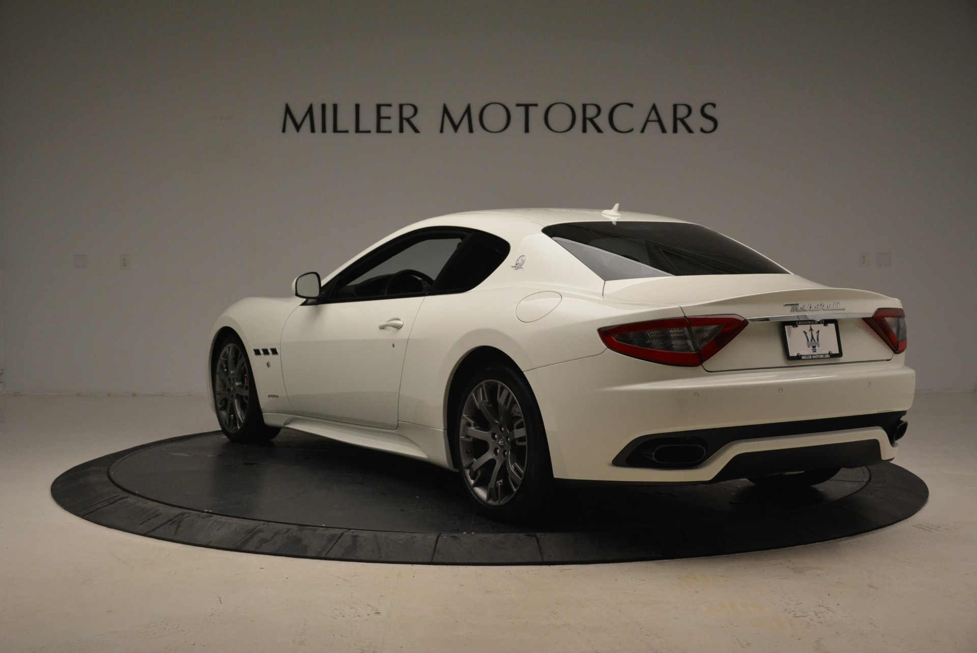 Used 2016 Maserati GranTurismo Sport For Sale In Greenwich, CT. Alfa Romeo of Greenwich, 7334 2095_p6