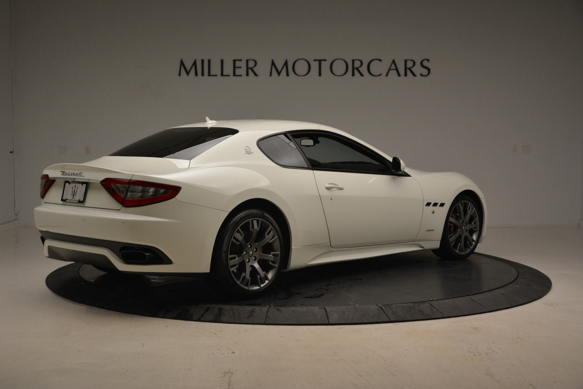 Used 2016 Maserati GranTurismo Sport For Sale In Greenwich, CT. Alfa Romeo of Greenwich, 7334 2095_p9