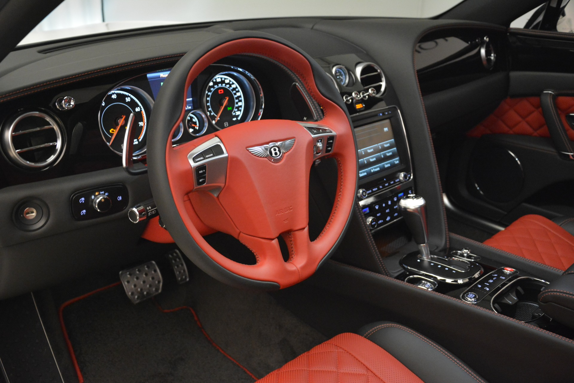 New 2018 Bentley Flying Spur V8 S Black Edition For Sale In Greenwich, CT. Alfa Romeo of Greenwich, B1338 2096_p20